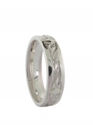 Ladies Band with Celtic Knot Etching - 1035