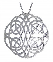 Large Celtic knot pendant - 2218