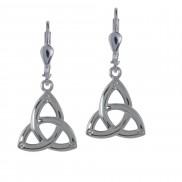 7019 Simple trinity knot earrings