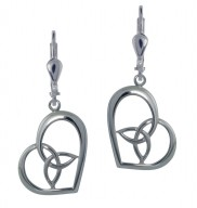 7125 Heart earrings with a trinity knot