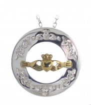 Claddagh Pendant with goldplated claddagh centre - 8252