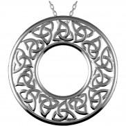 Sandblasted trinity knot circle pendant - 2501