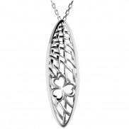Organic feel shamrock pendant with contrasting finish - 2502