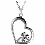 Heart pendant with shamrock detail - 2513